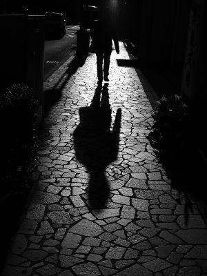 影のない少女