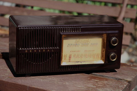 ラジオのノイズ