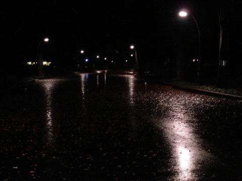 雨の日の晩