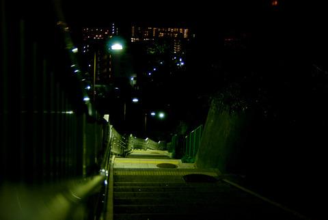 深夜の住宅地