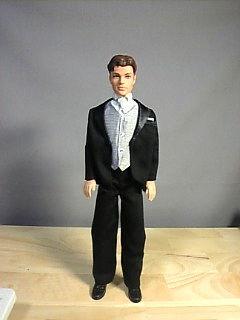 スーツ人形