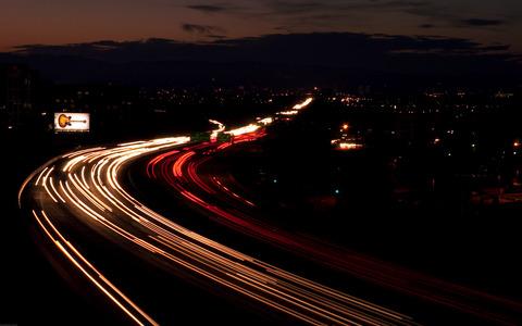高速道路の不思議