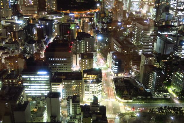 【神谷町】大人になったら一度は行きたい。ゴージャスな東京の夜景を一望できるラグジュアリーな空間「XEX ATAGO GREEN HILLS / The BAR」