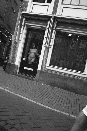 アムステルダムの飾り窓