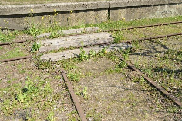 鶴舞発電所の線路