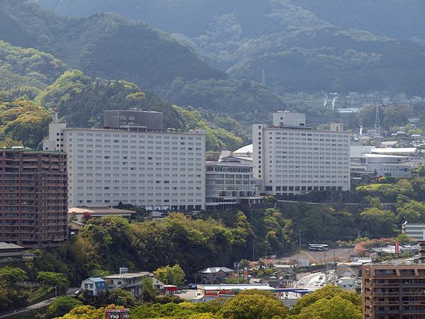 640px-Beppu_suginoi_hotel