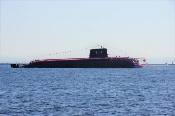 潜水艦 とうりゅう