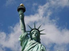 「アメリカにとって大事な国」ランキング 2位の「イギリス」を抑えた1位は? 日本は何位?
