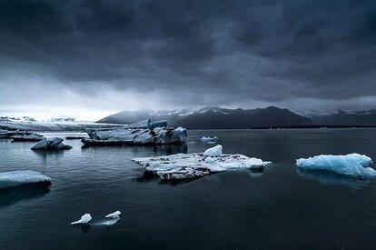 南極の氷山が解け氷河期に突入する可能性