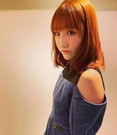 卓球 加藤美優 鮮やかなオレンジの髪に 最強可愛いショット