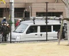 ゴーン被告スズキの軽ワゴンに…スズキ広報「なぜ」