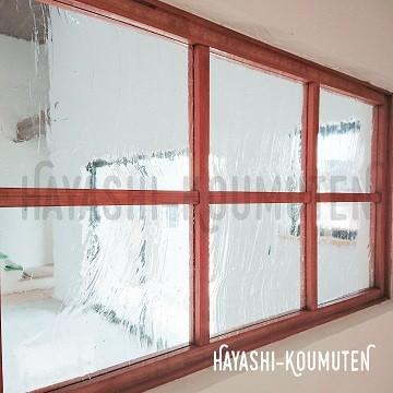 19022202霧島市林工務店気泡入りガラス窓