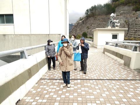⑤-真野ダム堤頂(寒かった)