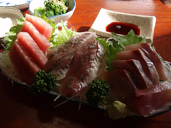 新春魚ツーリング2011・刺身三種盛り