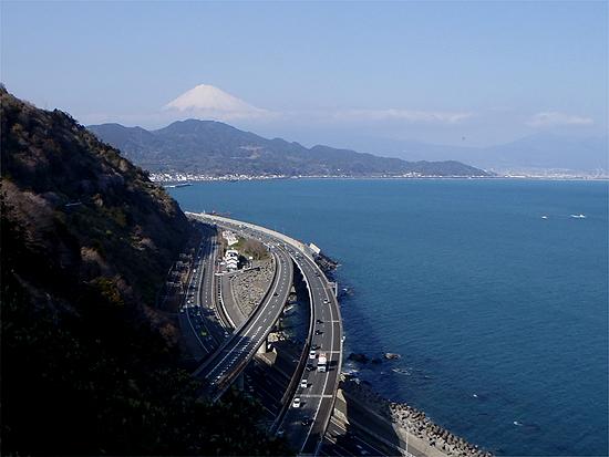サッタ峠からの富士山