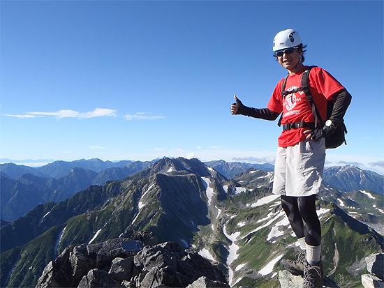 剣岳山頂から立山方面を望む