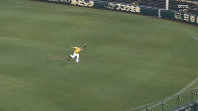 阪神・サンズ、球際に強い! 大ファインプレーで負けを消す