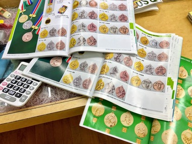激安!メダル・トロフィ・優勝カップ