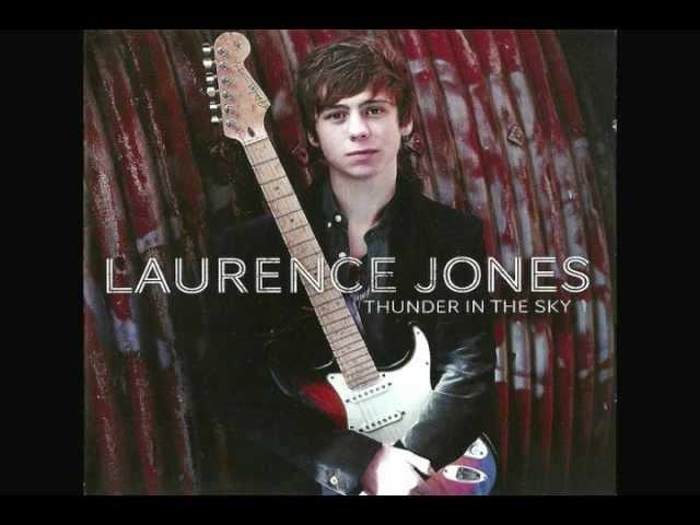 UKブルース界の若きギター・スリンガー、ローレンス・ジョーンズ ...