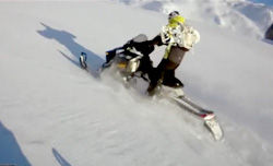 Jussi Oksanenのスノーモービル /TheLiftline.tv