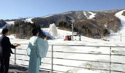 夏油高原スキー場の安全祈願祭(2日)