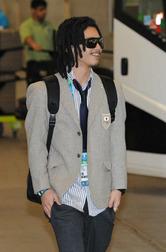 バンクーバー国際空港に到着した国母和宏=カナダ・リッチモンドで2010年2月9日、須賀川理撮影