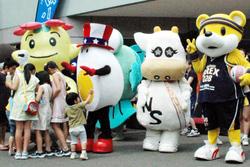 勢ぞろいした「ゆるキャラ」=栃木県大田原市で柴田光二撮影