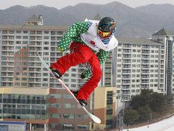 スノーボード世界選手権男子ハーフパイプで決勝に進んだ青野令