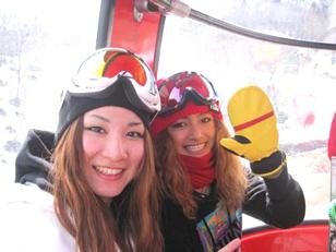 降旗由紀(右)&岡田良菜(左)