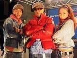 発売記念イベントを行った(左から)田中ロウマ、童子—T、加藤ミリヤ=東京・渋谷