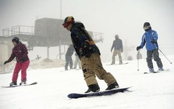 国内最南端、宮崎のスキー場で初滑り