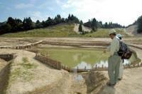 埋め立てられた土砂が取り除かれ、水がわき始めた八雲ケ原湿原(大津市北比良)