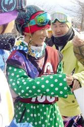 青野令(写真:産経新聞)