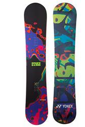 マックスが使用するyonex snowboardsの写真