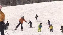 札幌のスキー場にぎわう、雪が多く営業延長