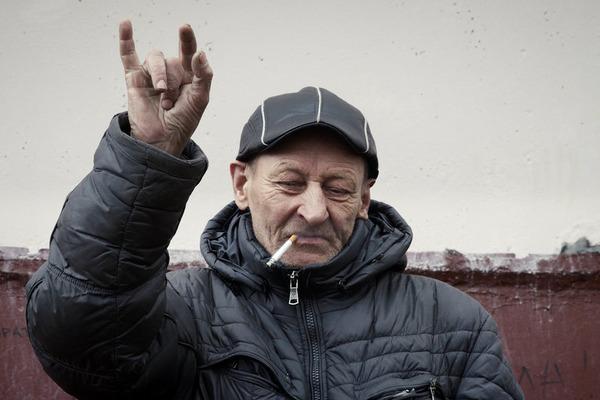 old-russian-man-in-kirov-russia