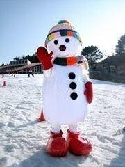 六甲山人工スキー場のマスコットキャラクター「スノイル」