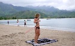 Hannah Teter Hula Hooping