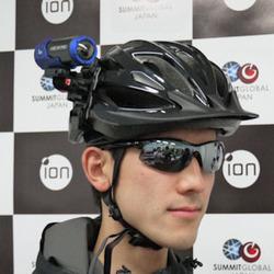 サミット・グローバル、スマホで一人称動画を共有可能なウェアラブルカメラ