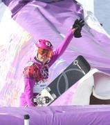 圧巻の滑りで準々決勝進出を決めた竹内智香