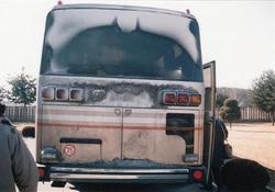 平壌から板門店に向かった時のバス。暖房が故障し、外部が凍り付いた=平成7年1月(写真:産経新聞