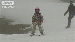 大雪で延長春スキーにぎわう 山梨・清里スキー場
