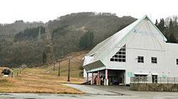 来季からの営業が厳しくなった白山瀬女高原スキー場=白山市瀬戸で