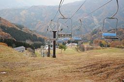今冬からマックアースが運営するおじろスキー場=27日、香美町小代区大谷
