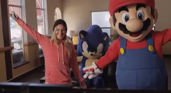 Wii U - Snowboarder Jamie Anderson Plays Mario & Sonic at the Sochi 2014 Olympic Winter Games