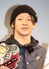 「ジャパンアクションスポーツアワード2014」授賞式に登場したソチ五輪スノーボード・ハーフパイプ銀メダルの平野歩夢