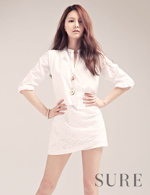 真っ白な衣装のジェイ