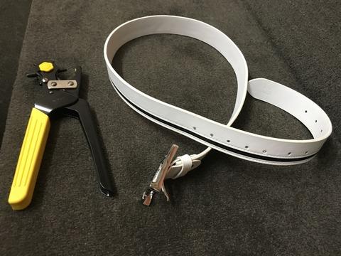 仕事用ベルトと、ベルトの穴あけ工具を買いました