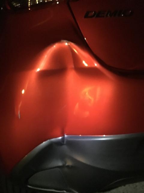 車のバンパーをドライヤーだけで修理する