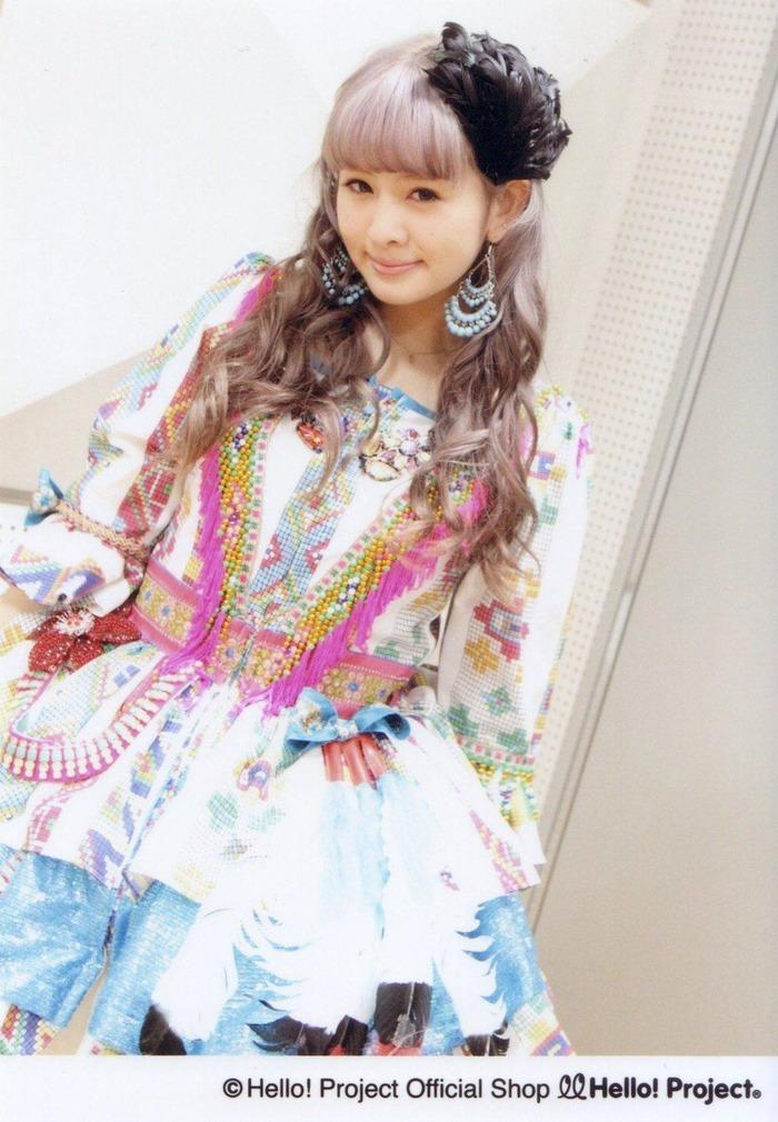 菅谷梨沙子 (20)